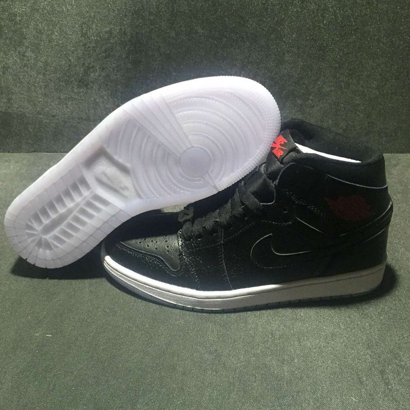Nike Air Jordan 1 Mid All Black Shoes