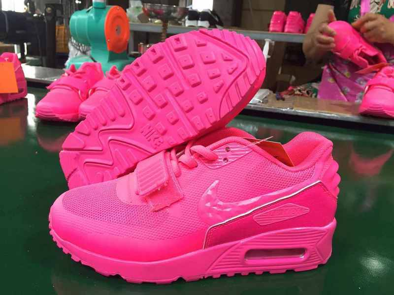 Nike Air Max 90 Monster Pink Sneaker