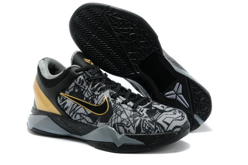 Nike Kobe 7 The Black Theme Sneaker