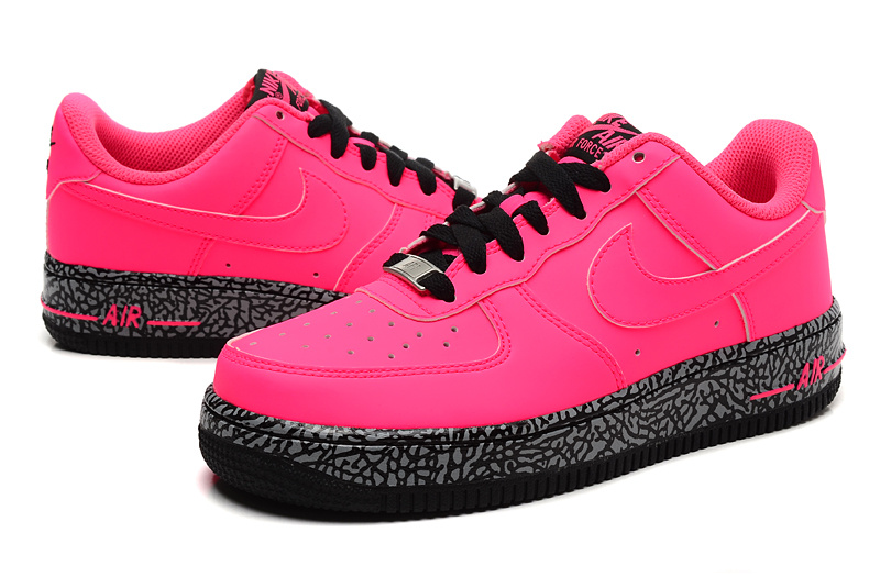 Nike Women Air Force 1 Low Bold Pink Sneaker