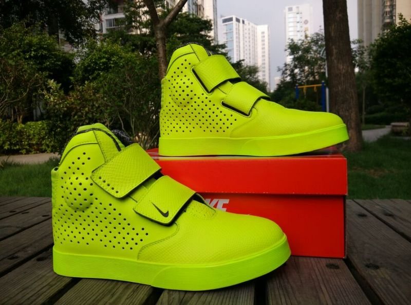 New Nike FLYSTEPPER 2K3 Yeezy Fluorscent Green Sneaker For Sale