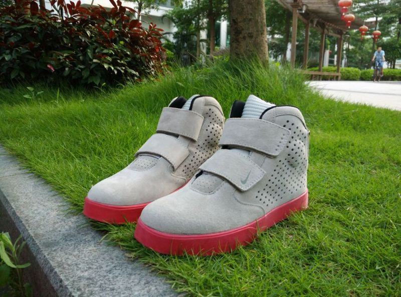 New Nike FLYSTEPPER 2K3 Yeezy Grey Red Sneaker For Sale