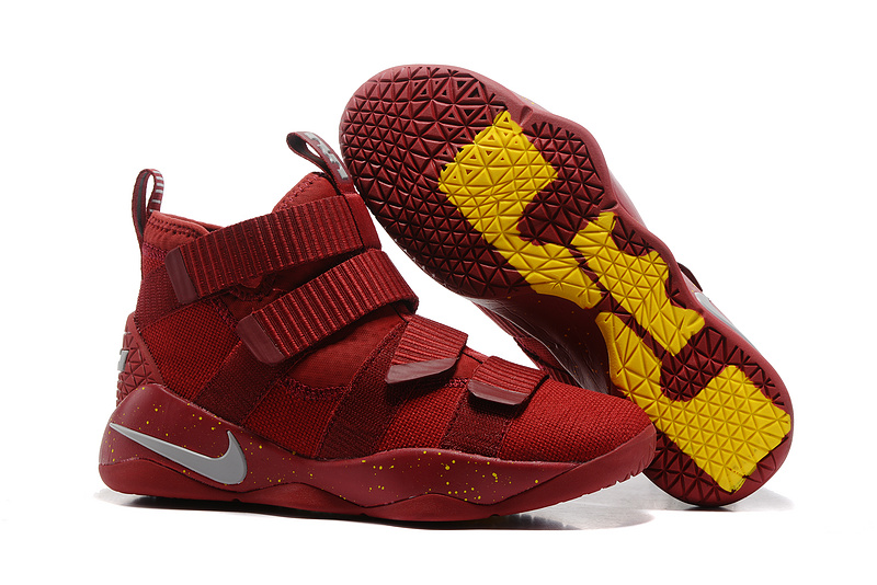 Nike Lebron Solider 11 Calverland Shoes