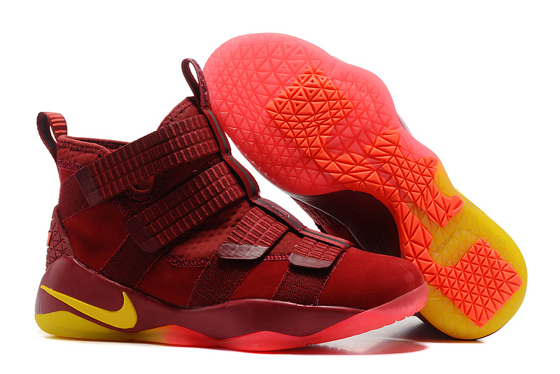 Nike Lebron Solider 11 PlayOff Season Shoes
