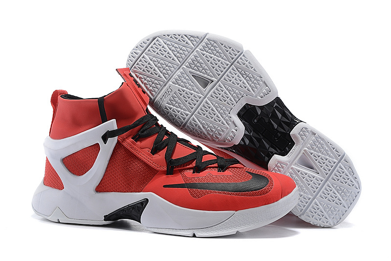 Top Version Basketball Shoes Lebron 13 Varisty Red White Black Shoes On Sale
